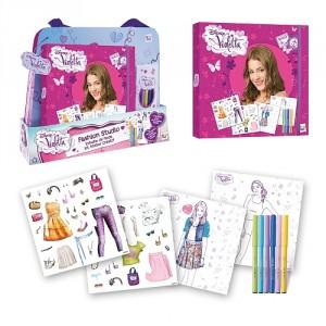 (c) Estúdio de moda Violetta